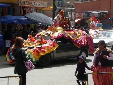Buntes Treiben in La Paz