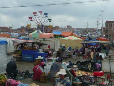 Markt und Riesenrad in El Alto